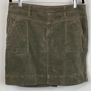 The North Face Corduroy Pencil Green Skirt Sz 12